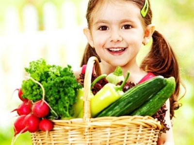 Dinh dưỡng mùa hè cho bé – nên và không nên