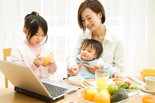 Dinh dưỡng cho bé trong mùa nóng